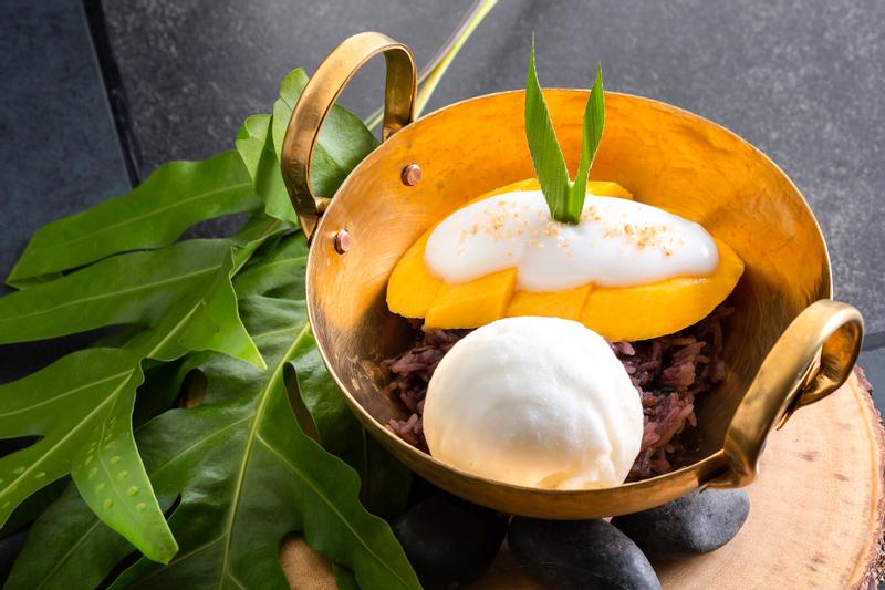 Chao Leh Kitchen at Four Points by Sheraton Phuket Patong Beach Resort