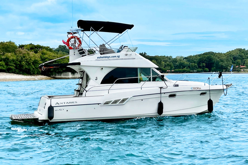 Private Yacht Rental in Singapore by Esora