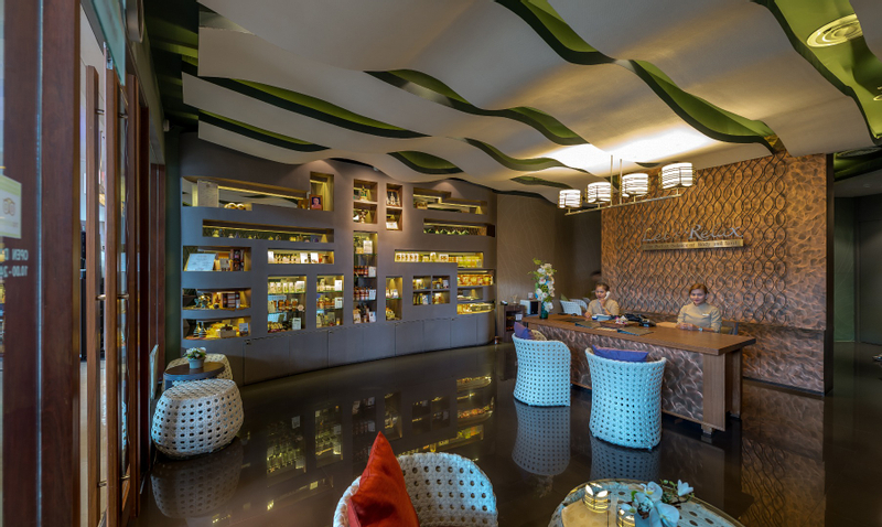 Let's Relax Spa Treatment at Terminal 21 Branch in Bangkok