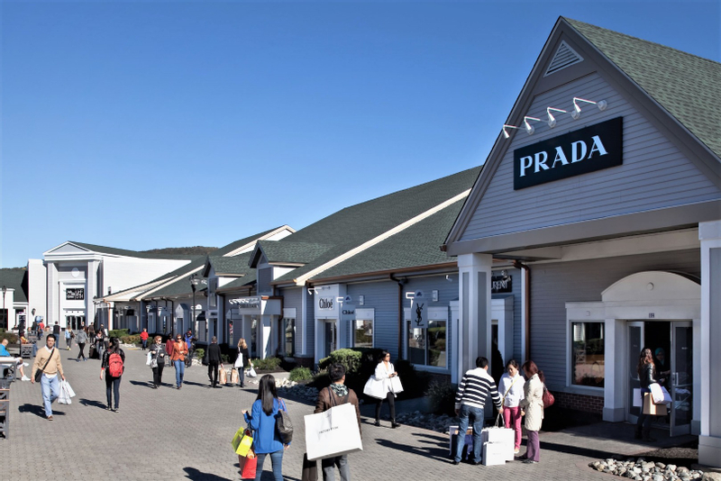 Woodbury Common Premium Outlets Bus from New York