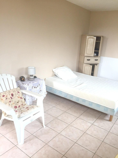 Studio in La Trinité, With Enclosed Garden and Wifi - 9 km From the Be, La Trinité