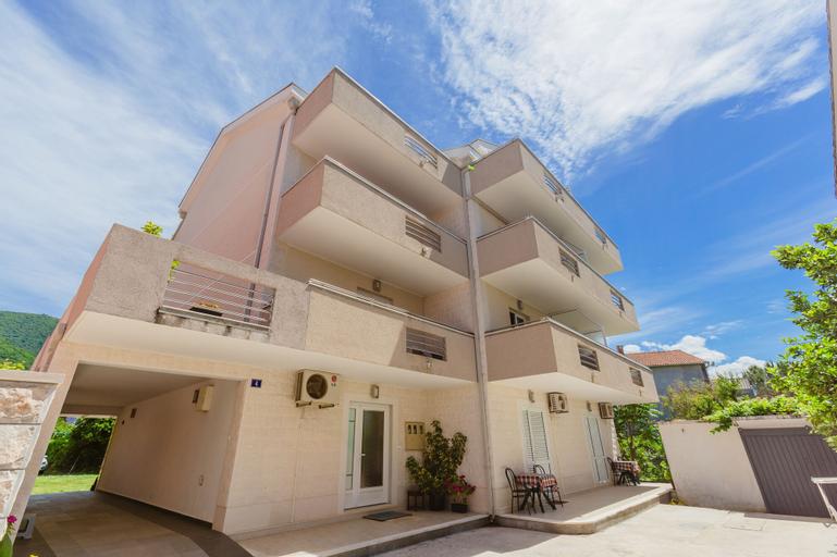 Rosic Apartments,