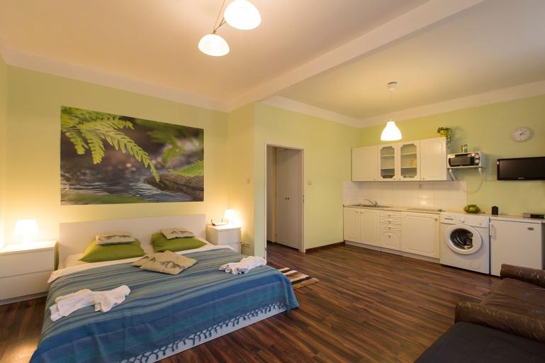 Apartment for Friends, Praha 8