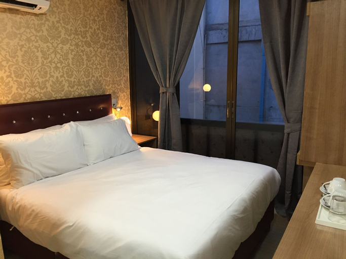Harry's Suite, Wattana