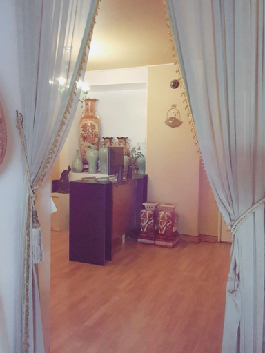 Friends House, Seongbuk