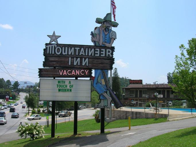 The Mountaineer Inn, Buncombe
