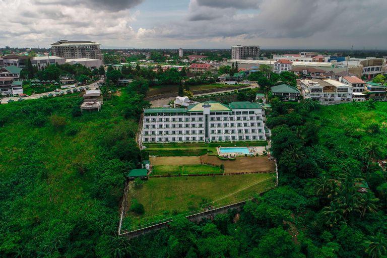 Days Hotel by Wyndham Tagaytay, Tagaytay City