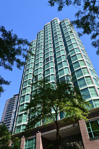 Rosedale Condominiums, Greater Vancouver