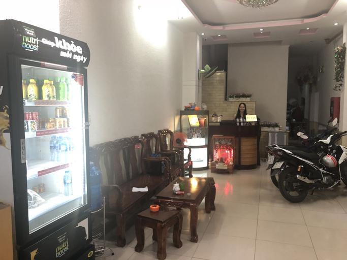 Anh Quoc Hotel, Tân Bình