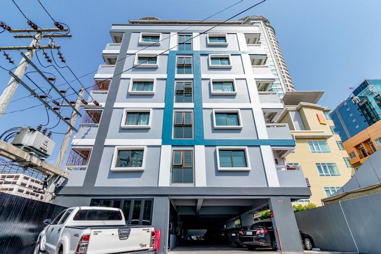 Living Naraa Apartment, Sathorn