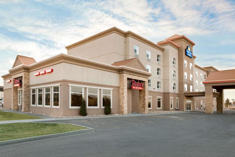Days Inn & Suites by Wyndham Edmonton Airport, Division No. 11