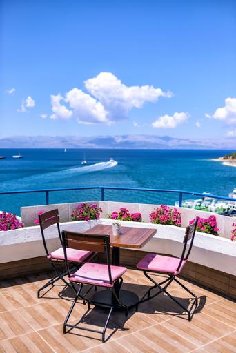 Marin Hotel, Çeşme