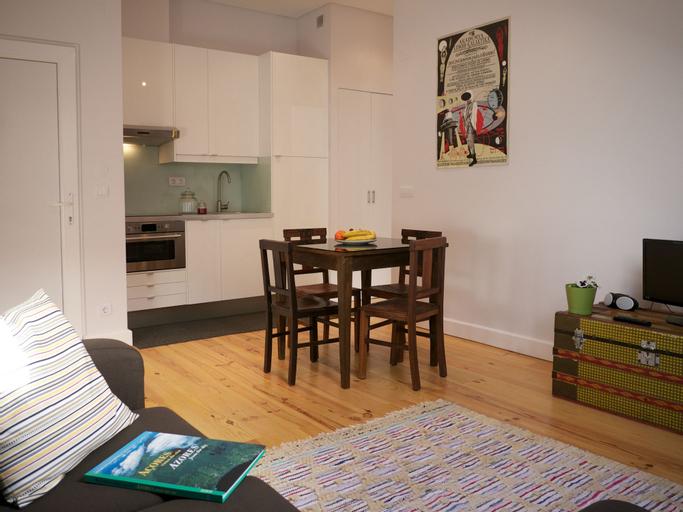 Cacilhas Tejo Suite Apartment, Almada