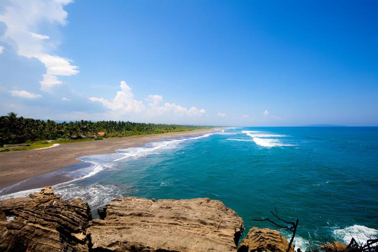 Penginapan laut biru, Pangandaran
