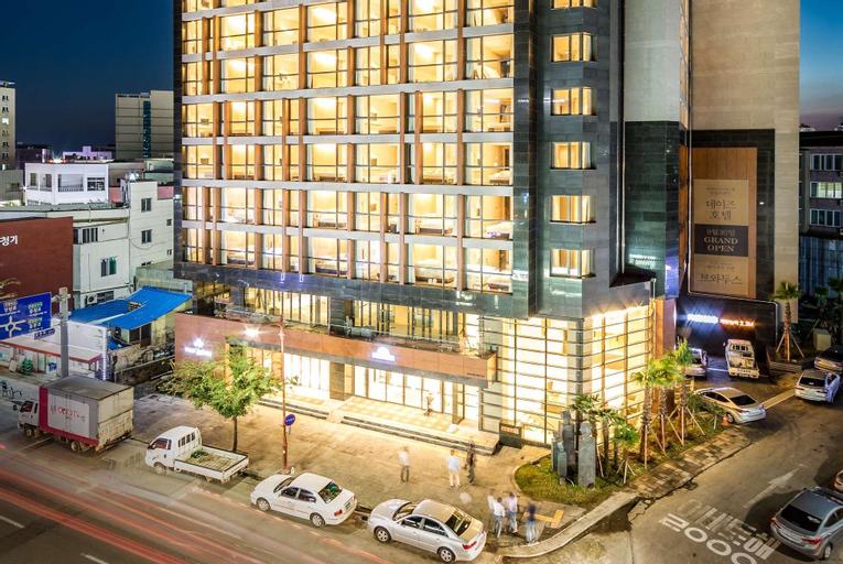 Days Hotel Jeju Seogwipo Ocean, Seogwipo