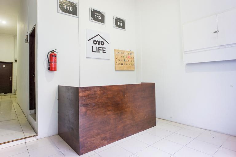 OYO Life 2366 Gatsu Kost, Medan