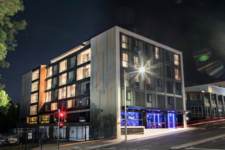 Studio 8 Residences - Adults Only, Ryde