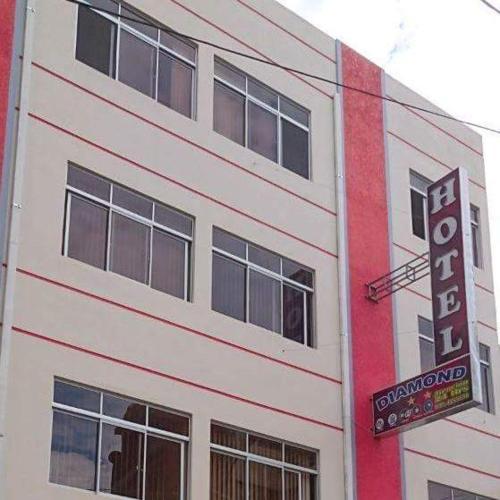 Hotel Diamond, Cercado