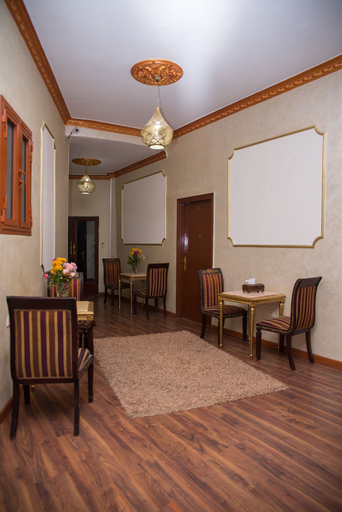 New Grand Royal Hotel, Qasr an-Nil