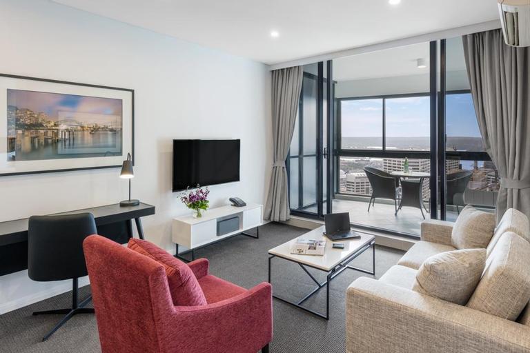 Meriton Serviced Apartments Kent Street, Sydney