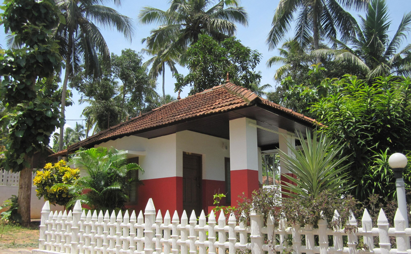 M R BEACH AND COTTAGES, Kollam