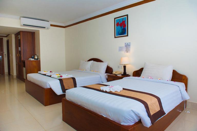 Pursat Riverside Hotel & Spa, Sampov Meas