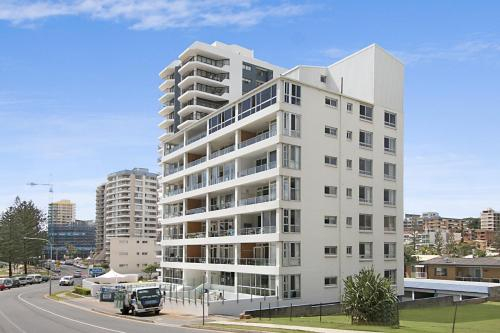 Rainbow Pacific unit 11 - Great value unit right on the beach in Rainbow Bay Southern Gold Coast, Coolangatta