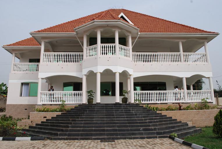 Victoria Royal Beach Hotel, Entebbe