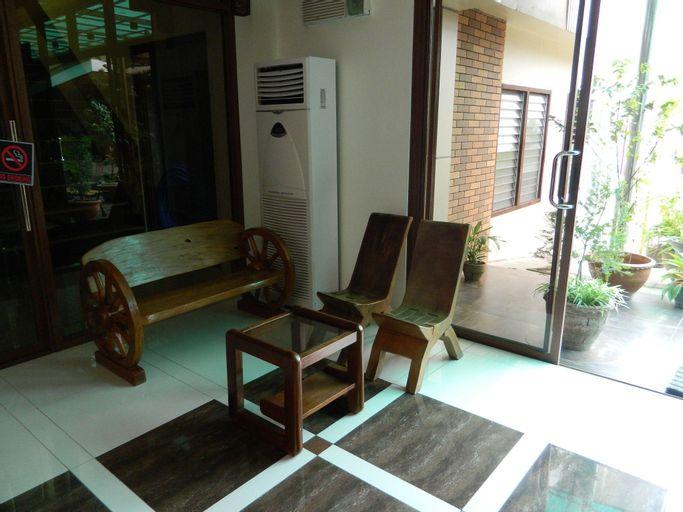 Qanaq Hotel, Davao City