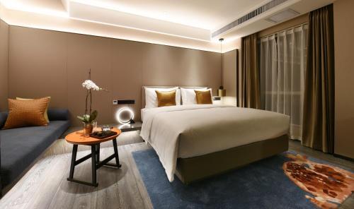 Landun Q Hotel, Honghe Hani and Yi