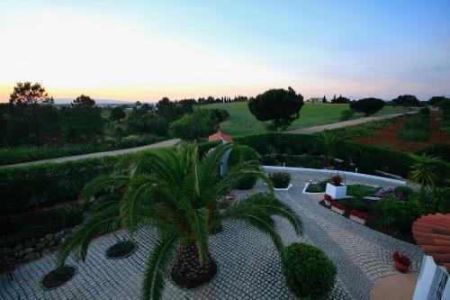 Villa Os Pinheiros, Albufeira