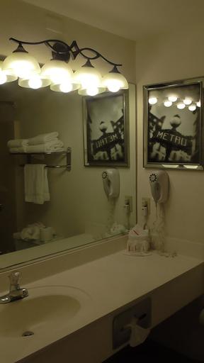 Ramada by Wyndham Kissimmee Downtown Hotel, Osceola