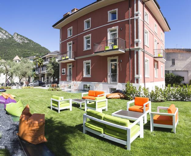 Holiday IV Gardan, Trento