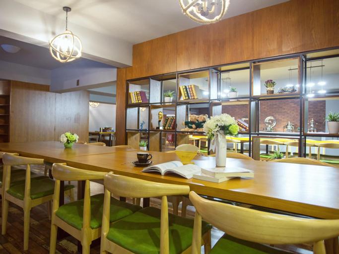 JAMES JOYCE COFFETEL Zunyi flagship store, Zunyi