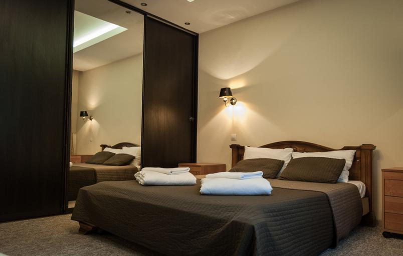 Versal Arbat Hotel, Central