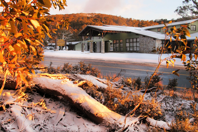 Ski Rider Hotel, Snowy River