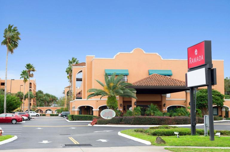 Ramada by Wyndham Kissimmee Hotel, Osceola