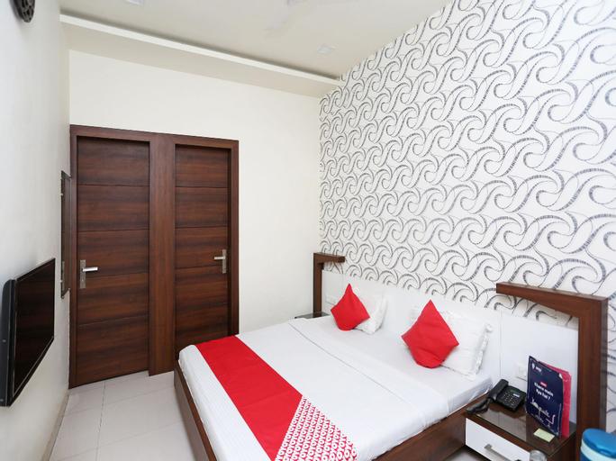 OYO 17280 Hotel Shivaay, Hisar