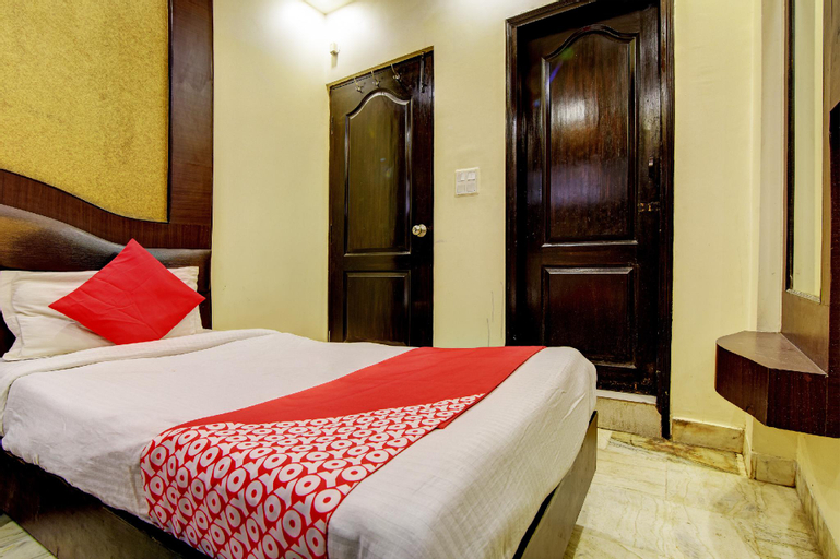 OYO 2064 Hotel The Spot, West