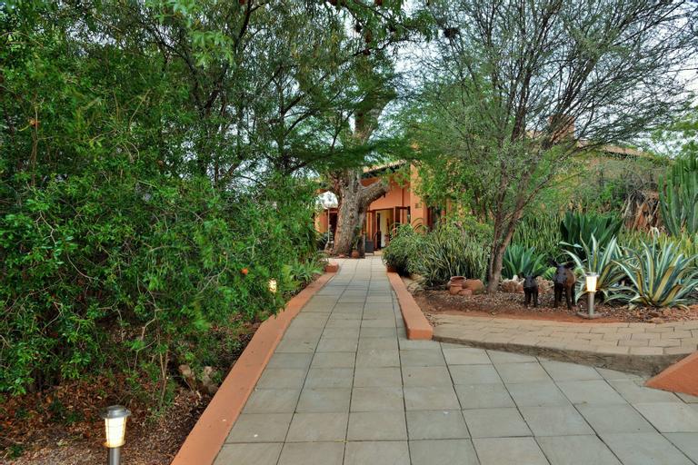 The Bush House, Ngaka Modiri Molema