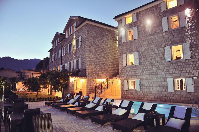 Hotel Per Astra,