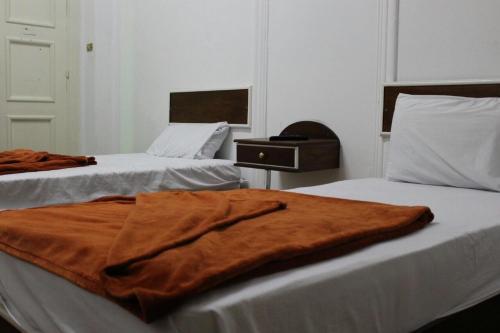 Golden Cairo Hotel, 'Abdin