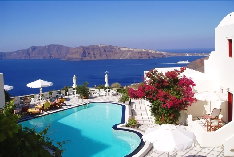 Nikos Villas Hotel in Oia Santorini, South Aegean