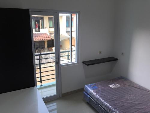 Near Bandara full furnished room, West Jakarta