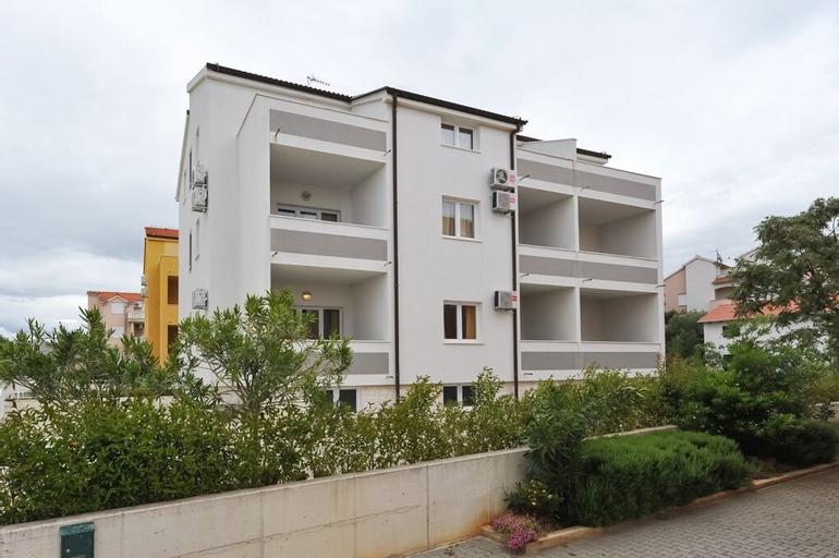 Apartments Kruno, Vodice