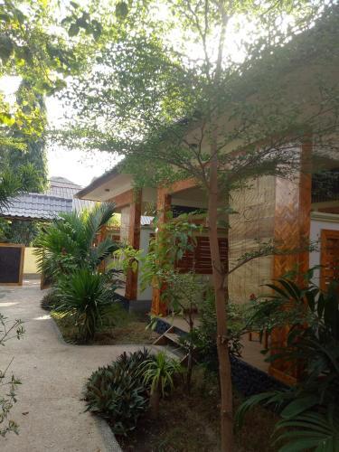 Dua Musim Inn, Lombok
