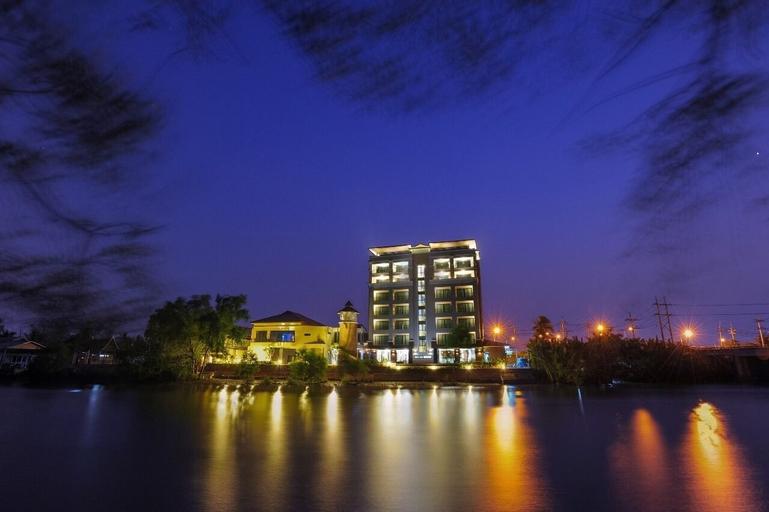 Coco View Hotel, Muang Samut Songkhram