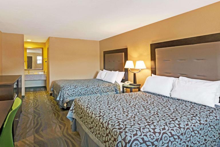 Days Inn by Wyndham Cherokee Near Casino, Jackson