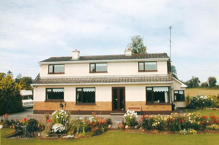 Clooneen House,