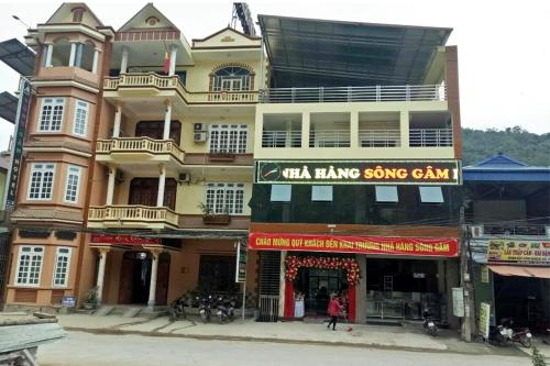 song gam hotel, Bảo Lạc